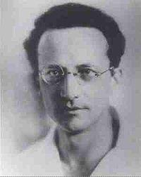Erwin Schrödinger circa 1915.